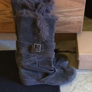 Brown faux fur boots
